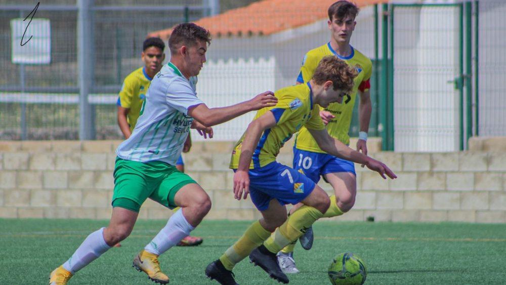 Seguí avanza con la pelota (Fotos: Itziar Gómez)