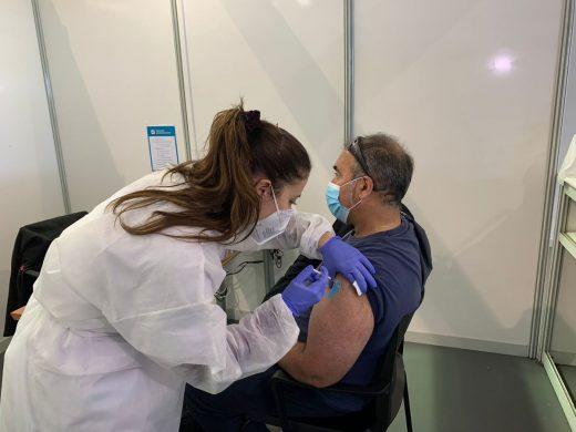 La vacuna AstraZeneca se administra en los puntos de vacunación de Menorca a menores de 65 años