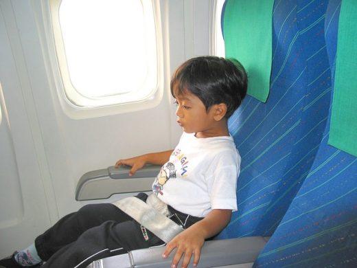 Menor viajando solo