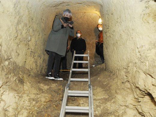 (Fotos y vídeo) Descubren en Maó un túnel que servía de refugio antiaéreo en la Guerra Civil