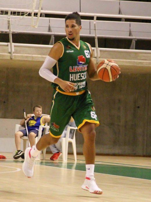 Alex Tamayo, en su etapa en Huesca.