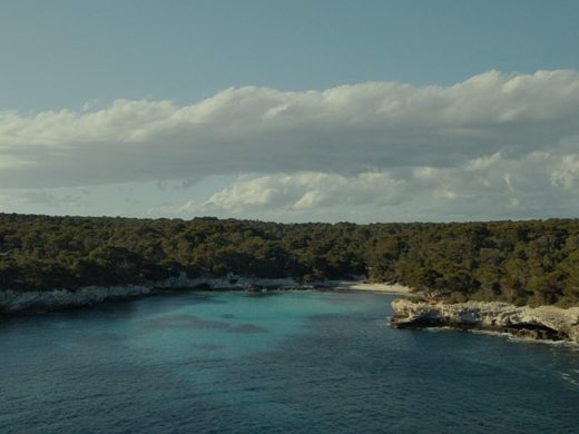 (Fotos y vídeo) Poesía, amor, Menorca y Estrella Damm