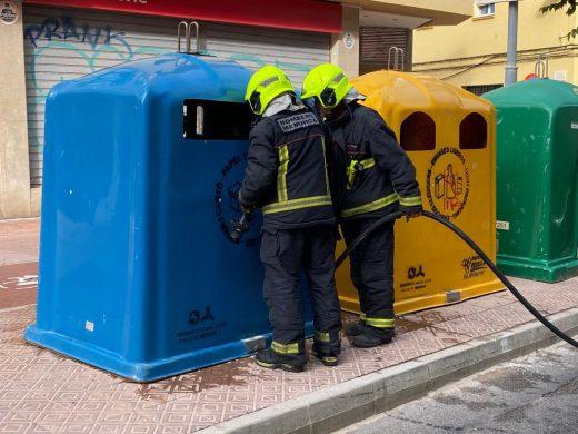 (Fotos) Un pequeño fuego desata las alarmas en Maó