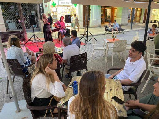 (Fotos) Anochece en Maó al son de la música