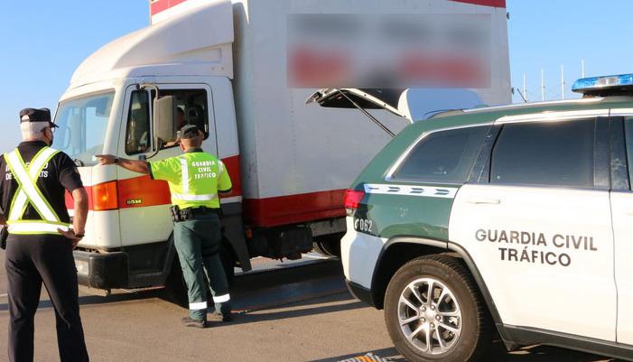 La Guardia Civil ha realizado controles en Menorca y en el resto de las Illes Balears.
