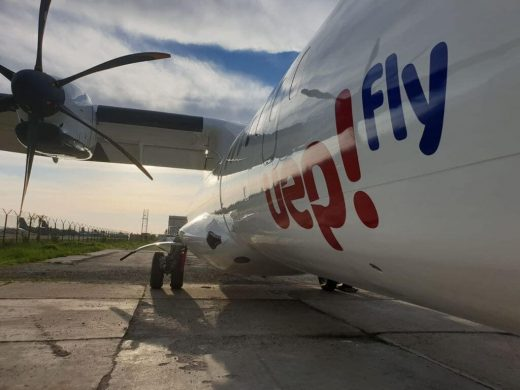 Avión de la compañía.