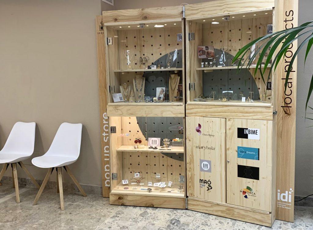 Expositor de bisutería diseñado por el IDI