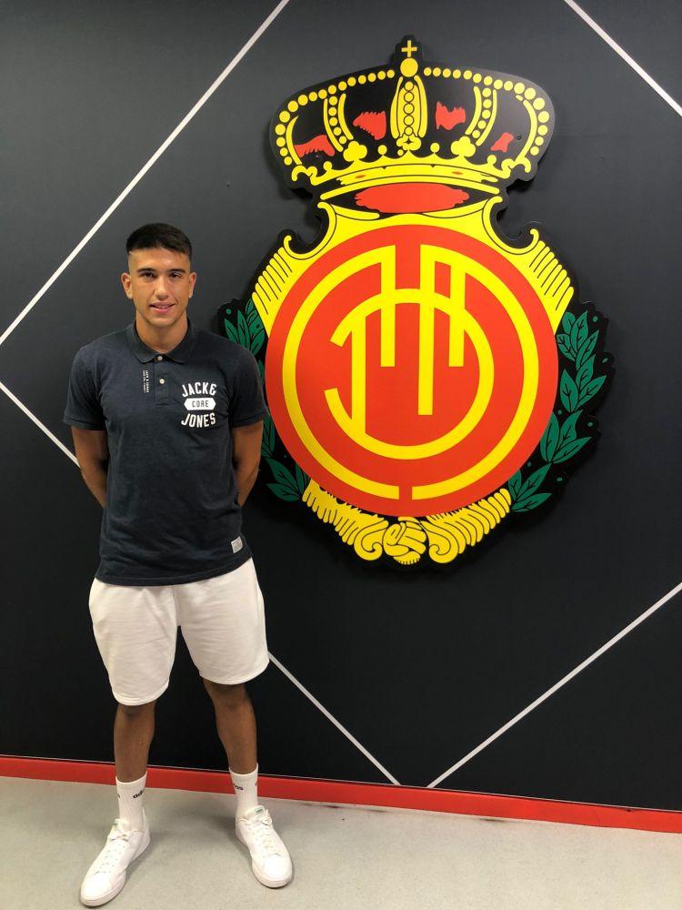 Ortiz, tras firmar con el Mallorca.