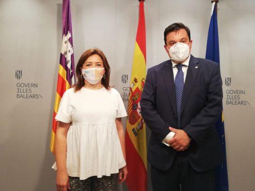 La consellera Garrido y el Secretario de Estado de Política Territorial y Función Pública, Víctor Francos