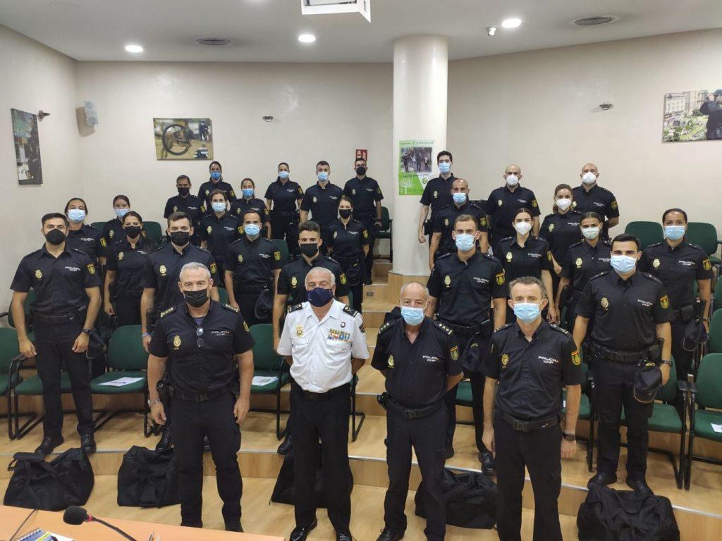 Acto de presentación de los nuevos policías en Palma.