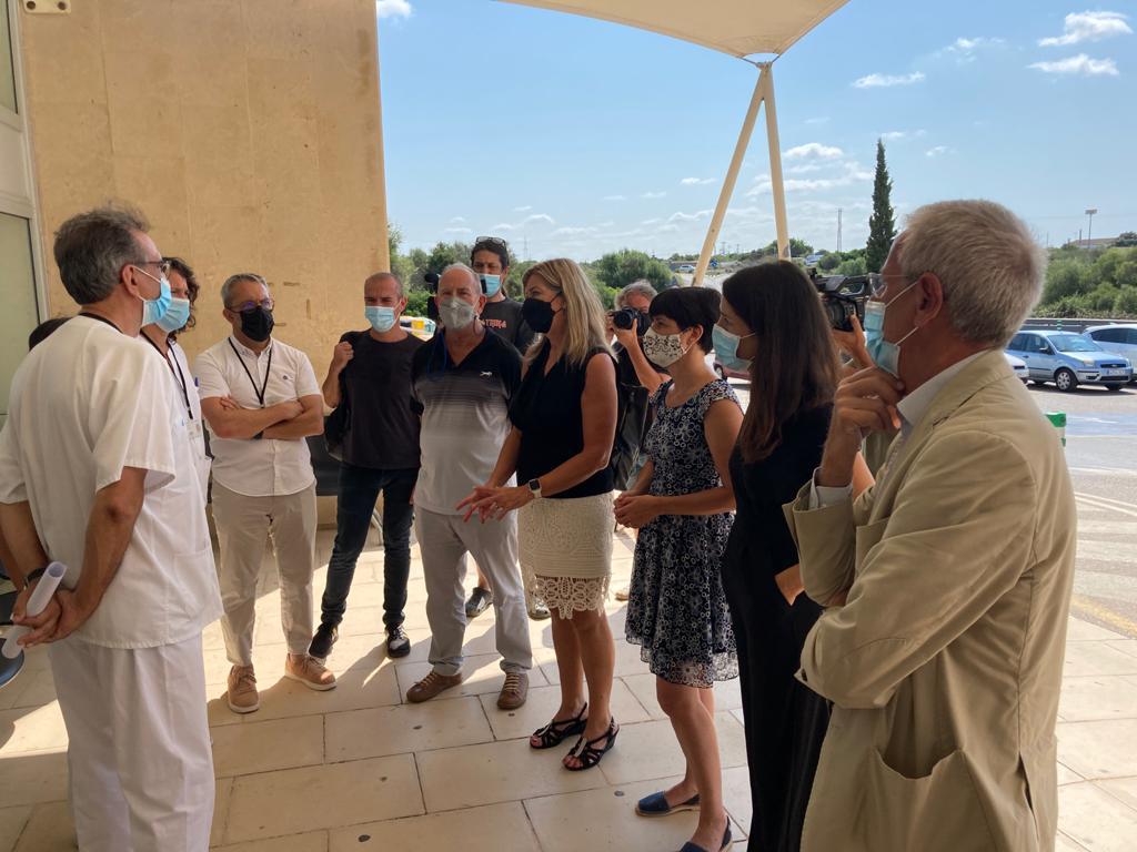 La consellera de Salud, Patricia Gómez, durante la visita de este jueves al Canal Salat.