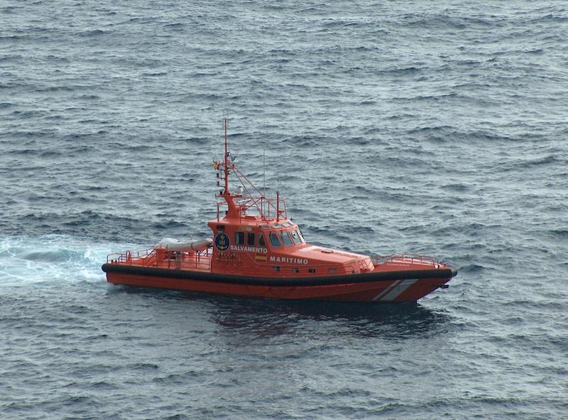 Salvamento Marítimo ha tenido que desplazarse hasta Cap d'Artrutx para rescatar a los tripulantes accidentados.