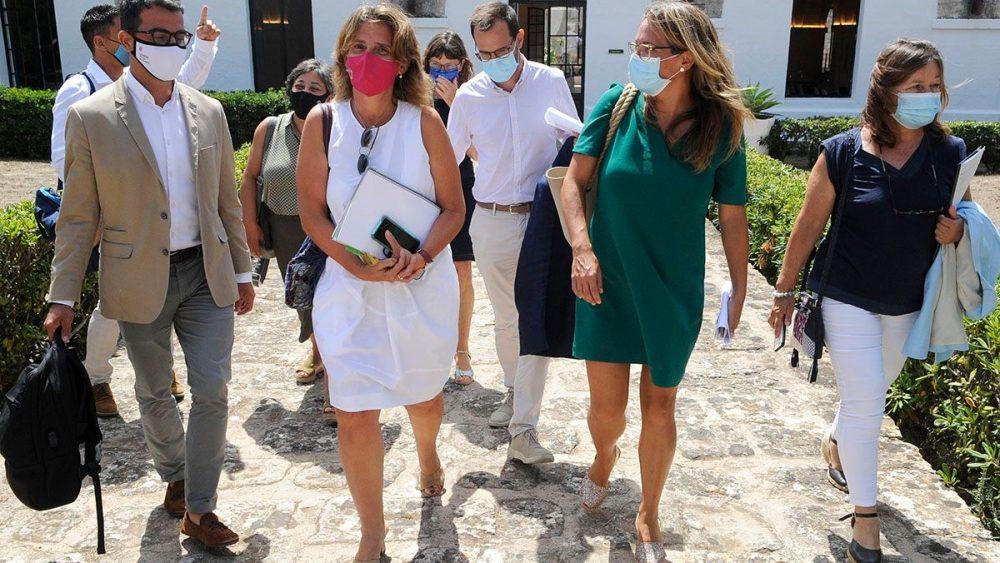 La ministra Ribera esta mañana en el Lazareto de Maó (Foto: Tolo Mercadal)
