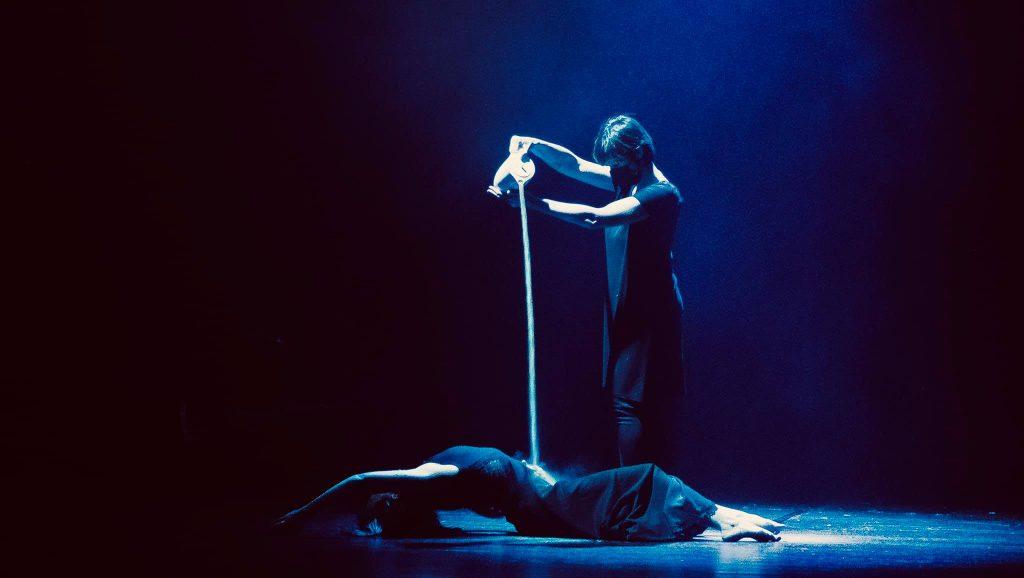 """Imagen del espectáculo """"Retre"""" de la Compañía Niu."""