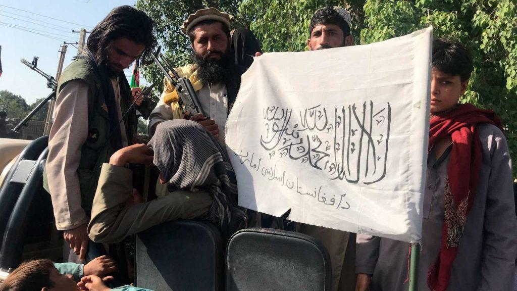 Talibanes en Kabul.