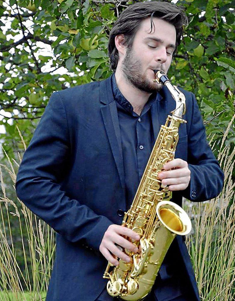 El saxofonista menorquín Xavier Larsson.