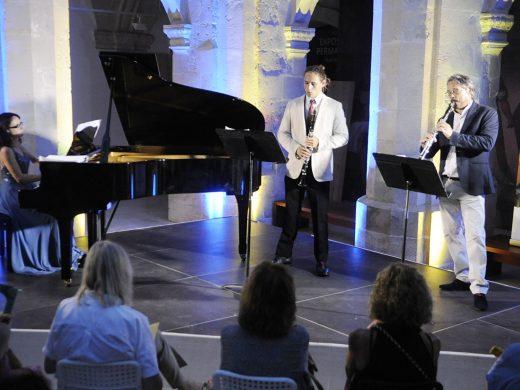 El encanto de los clarinetes y el piano