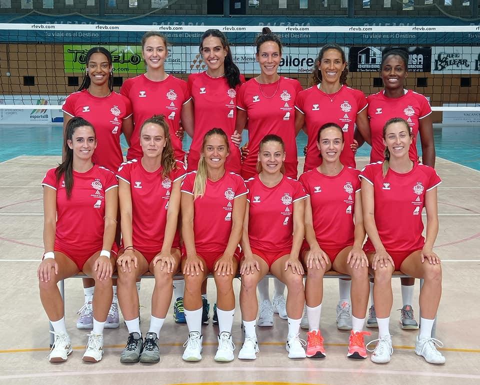 Foto de las integrantes del primer equipo.