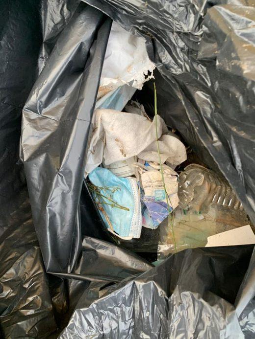 (Fotos) Es Castell recoge hasta tres sacos de basura en Trepuconet