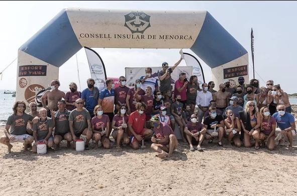 Foto de familia de los participantes (Foto: Swin in Menorca)