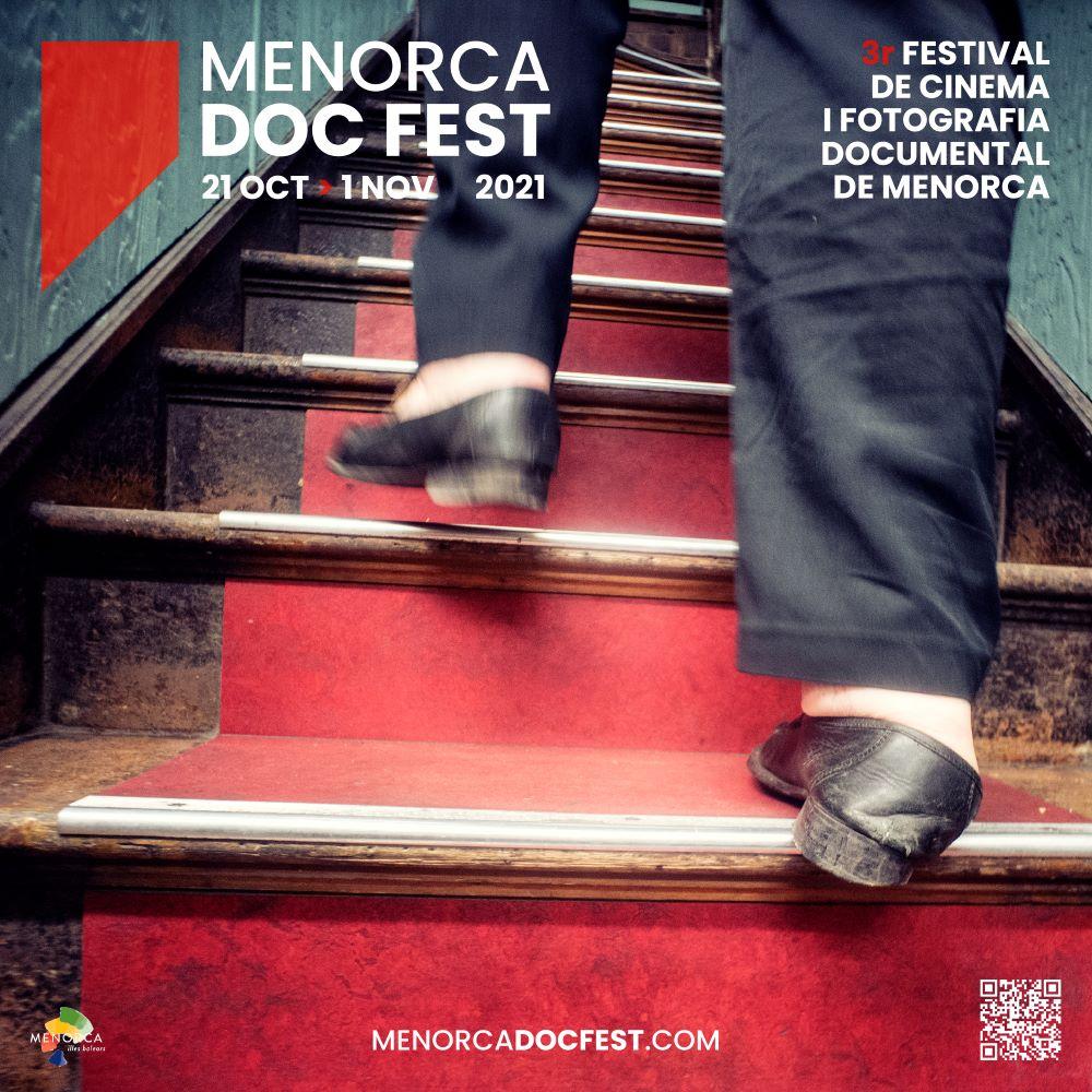 Cartel oficial de Menorca Doc Fest 2021 con una imagen del fotógrafo Lluís Real