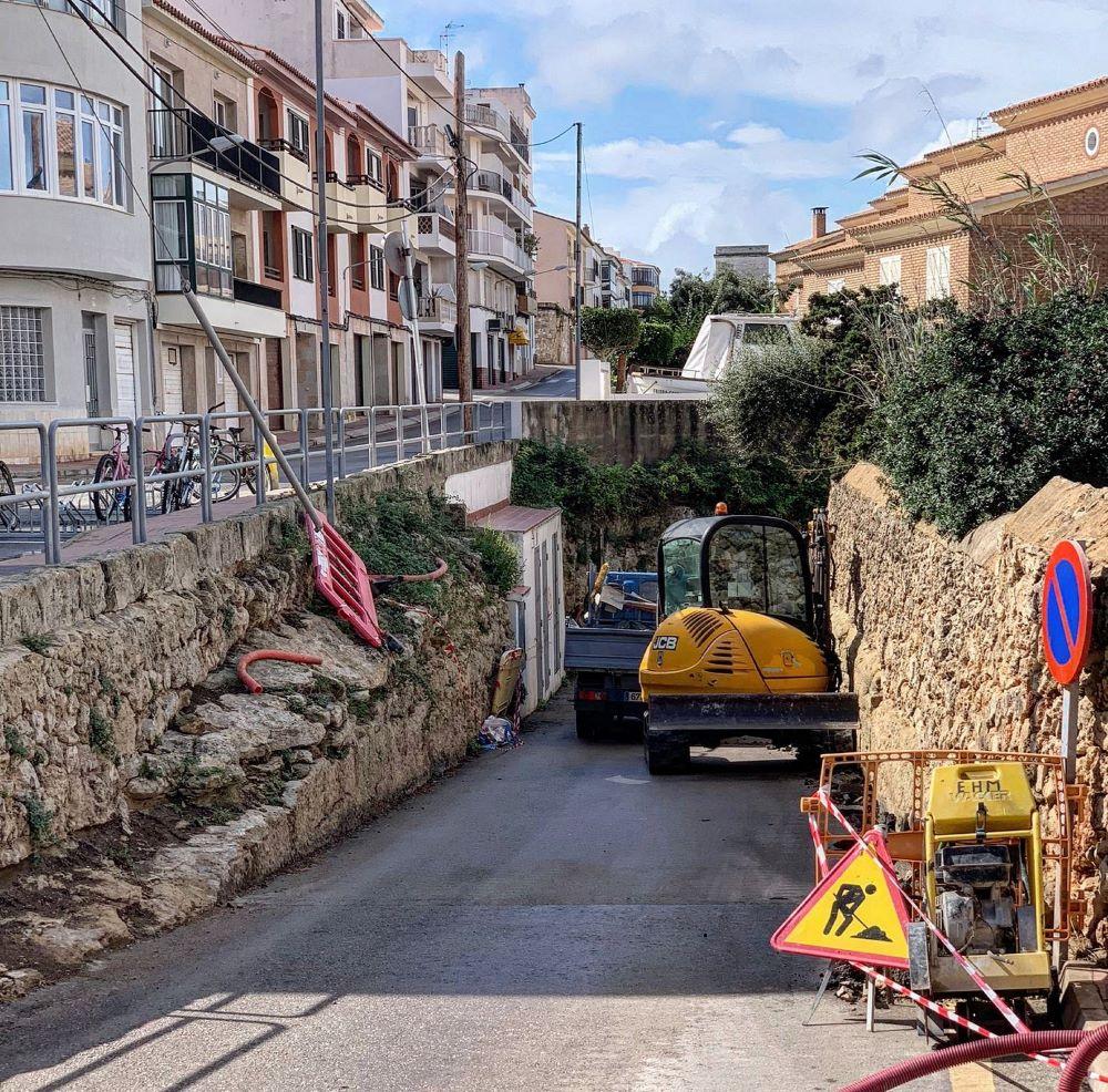 Nueva iluminación en el acceso a la Isla del Rey, Es Castell