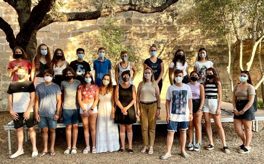 """Participantes de """"Un estiu per crèixer"""" en Ciutadella"""
