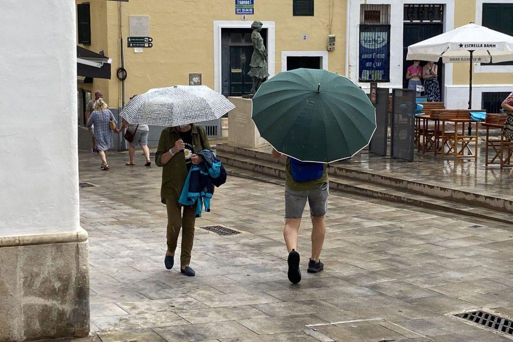 Un poco de lluvia.