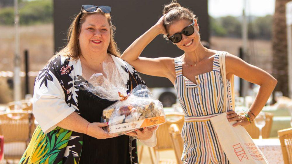 Las actrices Itziar Castro y Ruth Llopis en el Cooking Films 2021 (Foto: FICMe)