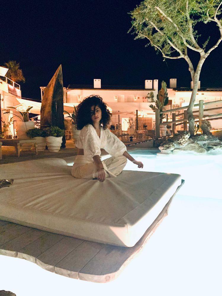 La actriz de origen marroquí, en el eco Hotel Suites del Lago.