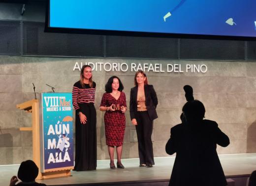 """La científica de Sant Lluís, Alicia Sintes, recibe el premio """"Mujeres a Seguir"""""""