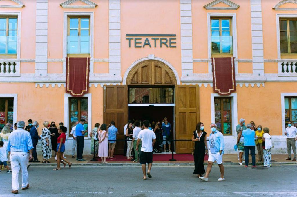 Teatre Born.